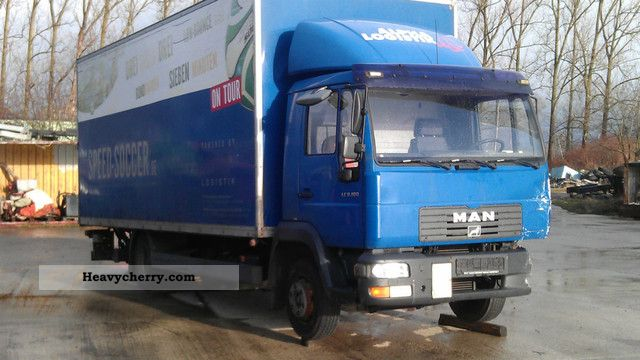 2003 MAN  LE 8.180 Van or truck up to 7.5t Box photo