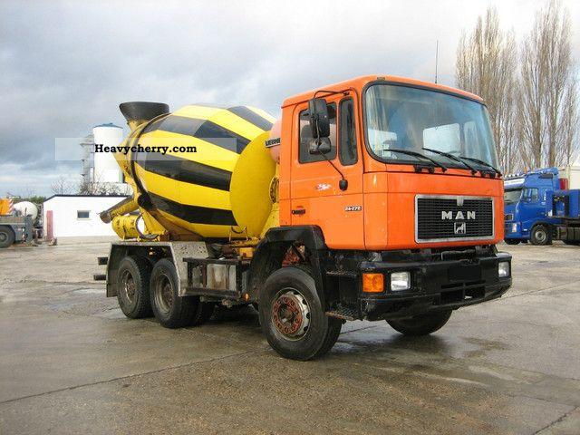 1990 MAN  24 272 Truck over 7.5t Cement mixer photo