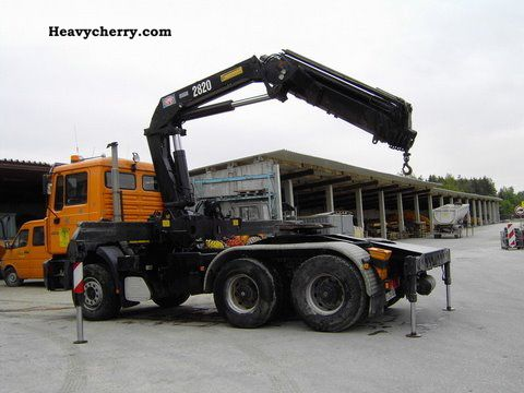 2001 MAN  26.463, crane HMF2820, 4Punkt, quick-change system Semi-trailer truck Standard tractor/trailer unit photo