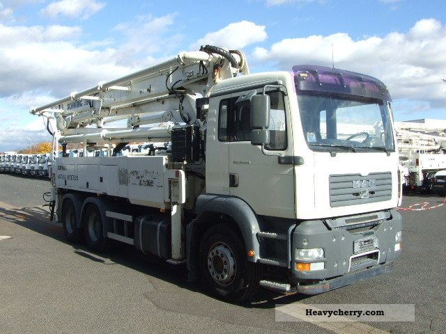 2007 MAN  TGA 26.350 6x4 BB swinging 34m Truck over 7.5t Concrete Pump photo