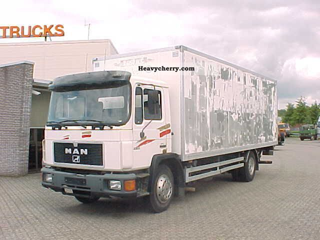 1995 MAN  12 192 Truck over 7.5t Box photo
