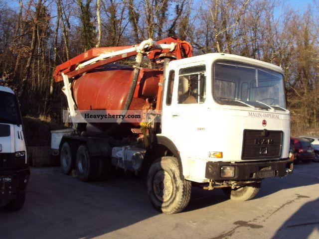 1987 MAN  33 331 Truck over 7.5t Concrete Pump photo