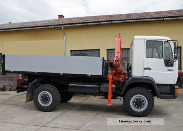 1998 MAN  8163 4X4 crane Truck over 7.5t Three-sided Tipper photo