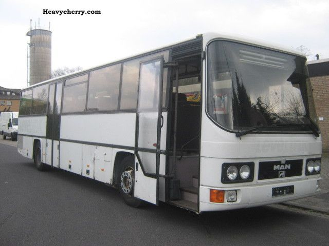 1992 MAN  UEL 242 Coach Cross country bus photo