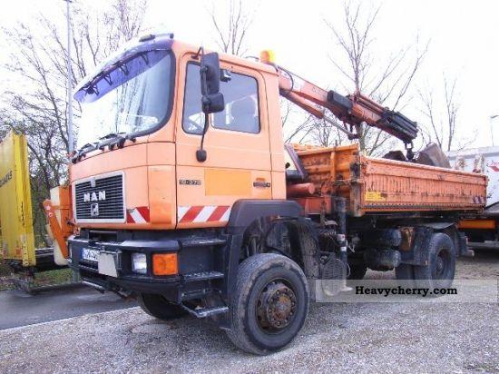 1994 MAN  F90/F04 19 372 FAK Truck over 7.5t Three-sided Tipper photo