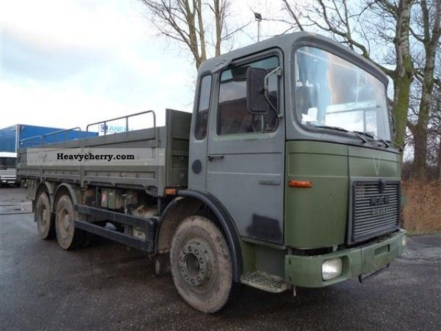 1976 MAN  22.240 DF Truck over 7.5t Stake body photo