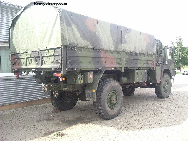 man kat 4x4 5 ton glw 1978 stake body truck photo and specs. Black Bedroom Furniture Sets. Home Design Ideas