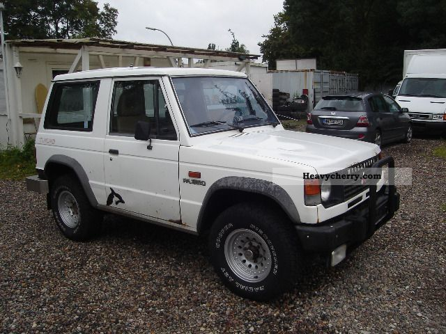 mitsubishi pajero 4x4 turbo 1987 other vans trucks up to 7 photo and specs. Black Bedroom Furniture Sets. Home Design Ideas