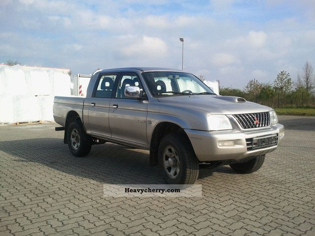 2005 Mitsubishi  L200 Pick Up 4x4 truck ADMISSION Van or truck up to 7.5t Stake body photo