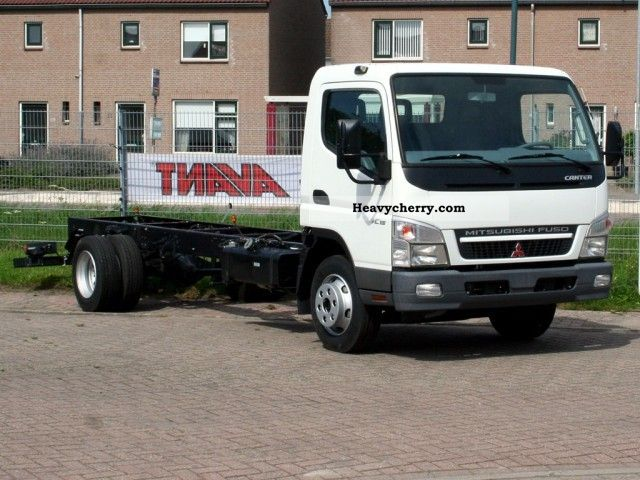 Mitsubishi Fuso Canter 7C15 2011 Chassis Truck Photo and Specs