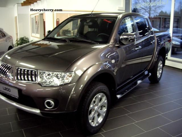 mitsubishi l200 pick up 4x4 double cab intense 2011 other. Black Bedroom Furniture Sets. Home Design Ideas