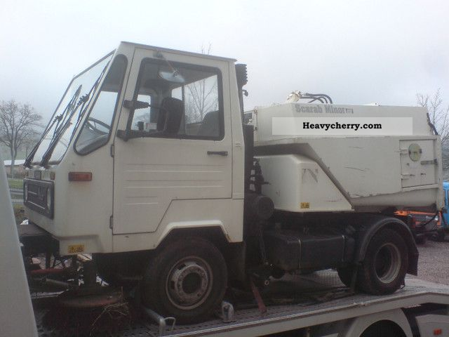 1996 Multicar  M26 SCARAB SWEEPER CREEPER Van or truck up to 7.5t Sweeping machine photo