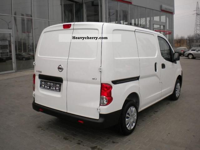 nissan nv200 van 2 sld basic cargo a c 2011 other vans trucks up to 7 photo and specs. Black Bedroom Furniture Sets. Home Design Ideas