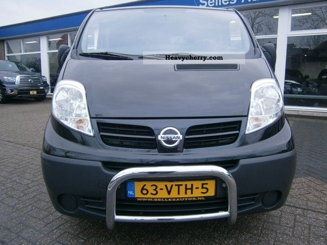 nissan primastar 2 0 dci l2h1 comfort a c 2008 box type delivery van photo and specs. Black Bedroom Furniture Sets. Home Design Ideas