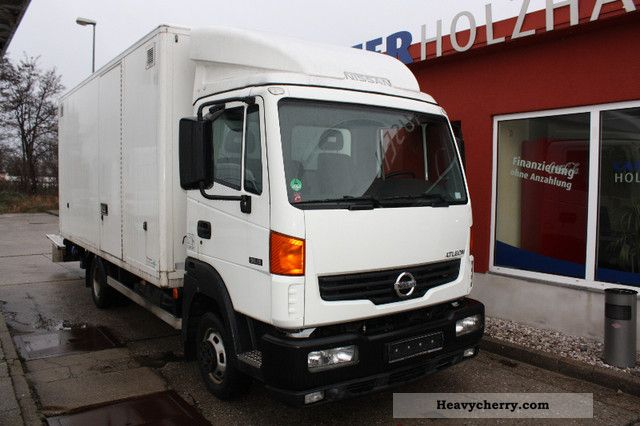 Nissan Atleon 56 15 2007 Box Type Delivery Van Photo And Specs