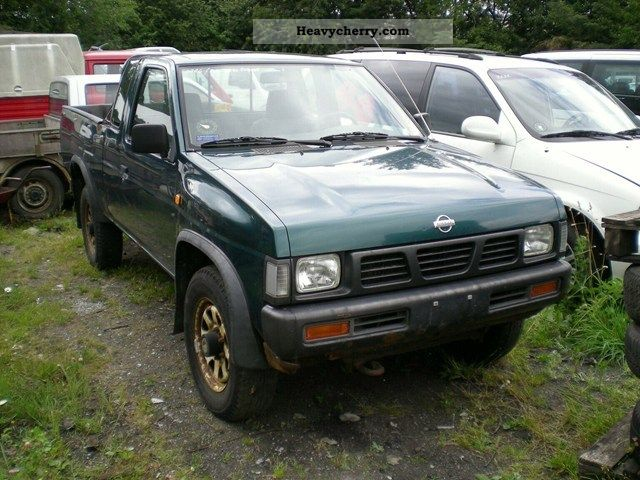 1996 Nissan  King Cab 4x4 2.5 TD Van or truck up to 7.5t Other vans/trucks up to 7 photo