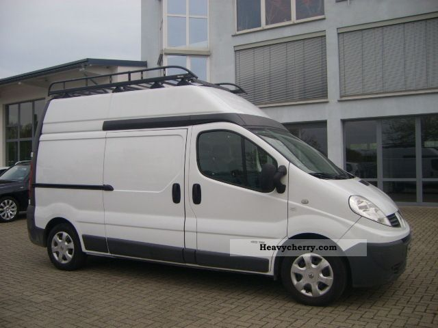 renault trafic l2h2 2 0dci 115 2008 box type delivery van high and long photo and specs. Black Bedroom Furniture Sets. Home Design Ideas