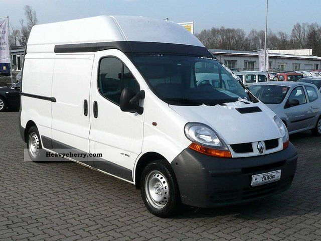 renault trafic 1 9 dci 100 l2h2 t 2005 box type delivery van photo and specs. Black Bedroom Furniture Sets. Home Design Ideas