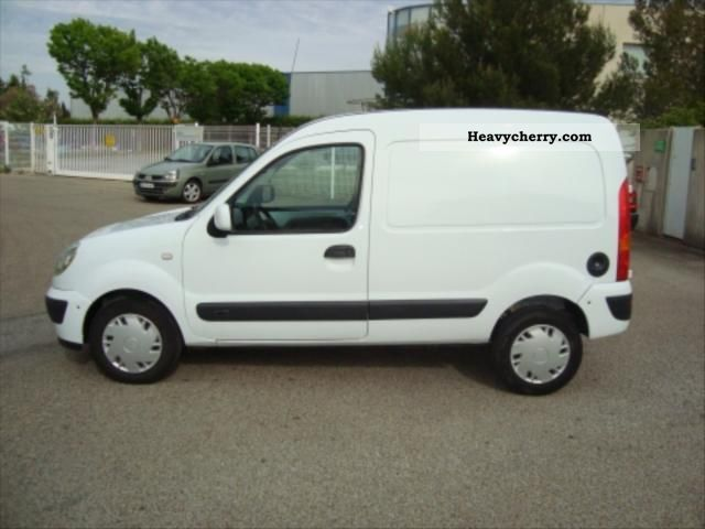 renault dci kangoo 70 grand confort 2008 box truck photo and specs. Black Bedroom Furniture Sets. Home Design Ideas
