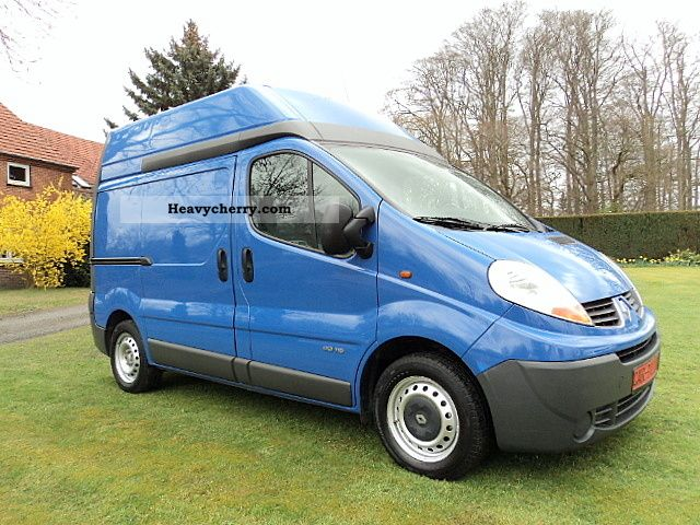 renault traffic 2007 box type delivery van high photo and specs. Black Bedroom Furniture Sets. Home Design Ideas