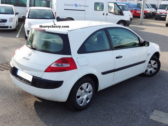 renault megane ii 2 1 5 dci 85 societe air 3p 2008 box. Black Bedroom Furniture Sets. Home Design Ideas