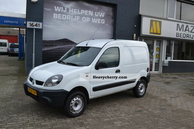 renault kangoo express 1 9 dci 4x4 2 005 4400 net 2005 box type delivery van photo and specs. Black Bedroom Furniture Sets. Home Design Ideas