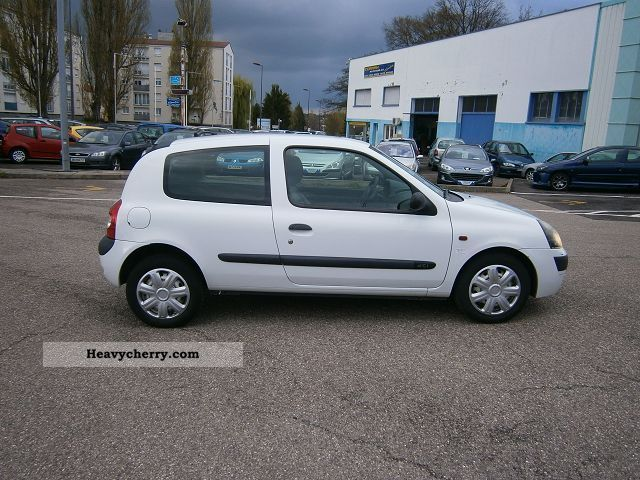 renault clio ii ste authentique dci65 3p 2001 box type delivery van photo and specs. Black Bedroom Furniture Sets. Home Design Ideas