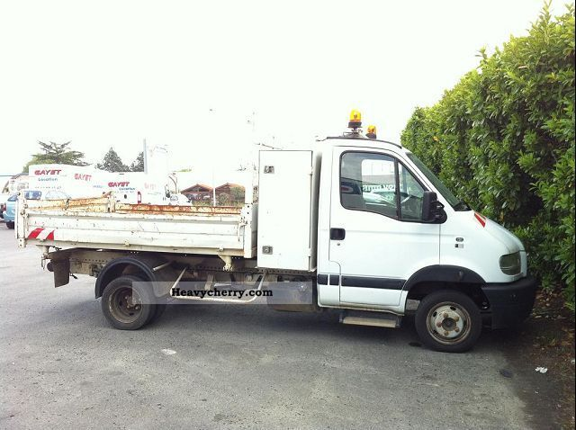 2003 Renault  MASCOTT DCI 110cv 3T5 TRIBENNE Van or truck up to 7.5t Box-type delivery van photo