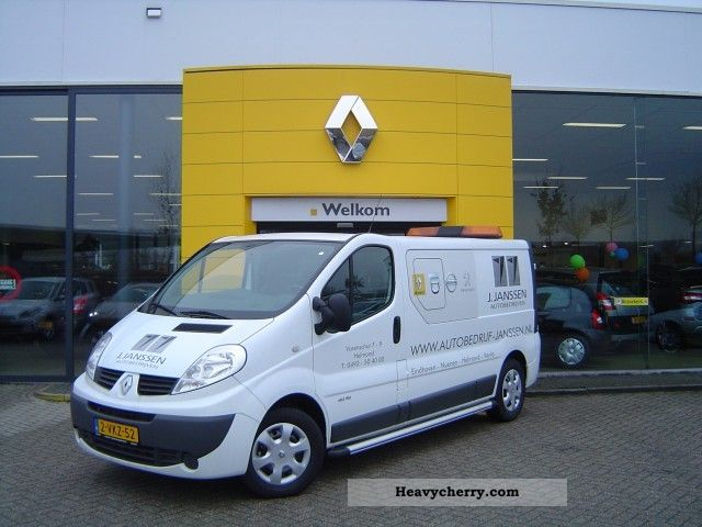 2011 Renault  Trafic 2.0 Tdi L2H1 115pk Terberg Dubbel cabin Van or truck up to 7.5t Box-type delivery van photo
