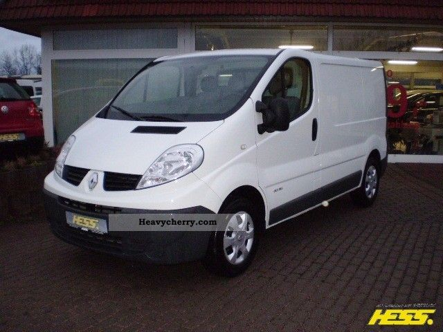 renault trafic 2 0 dci 115 fap l1h1 2012 box type delivery. Black Bedroom Furniture Sets. Home Design Ideas