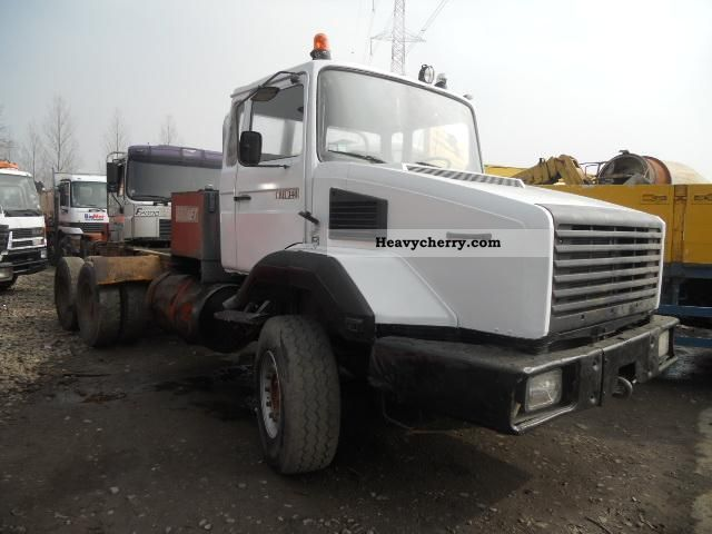 1993 Renault  CBH 340 KEIN 320 OR 280 Semi-trailer truck Heavy load photo