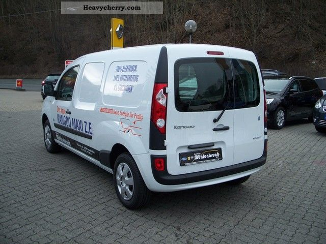 renault kangoo maxi pm without battery 2012 box type delivery van photo and specs. Black Bedroom Furniture Sets. Home Design Ideas