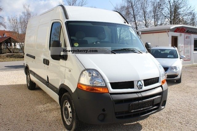 Renault Master 2 5 Dci    Like New    Slightly Km    2004 Box-type Delivery Van