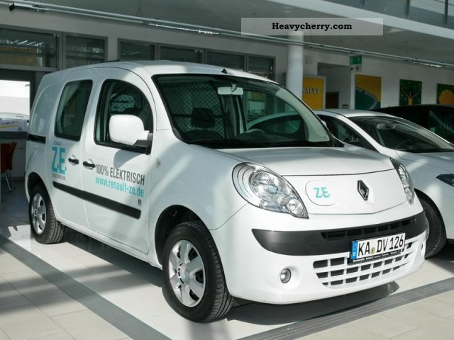 renault kangoo ze 2011 box type delivery van photo and specs. Black Bedroom Furniture Sets. Home Design Ideas