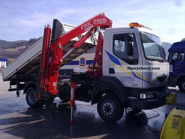 renault midlum 4x4 220dxi 2004 truck mounted crane photo and specs. Black Bedroom Furniture Sets. Home Design Ideas