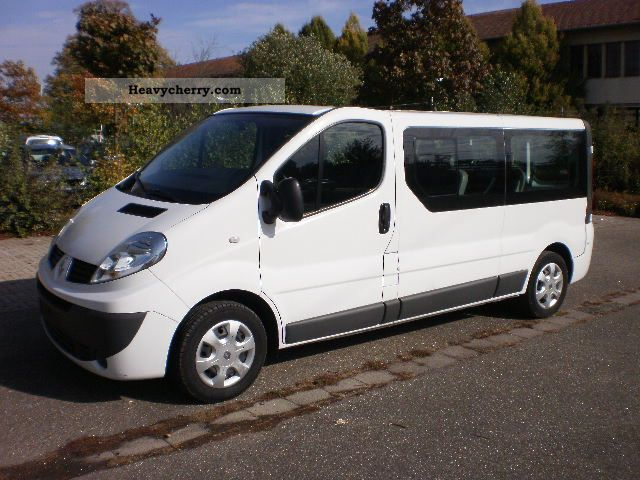 renault trafic l2h1 2008 box type delivery van photo and specs. Black Bedroom Furniture Sets. Home Design Ideas