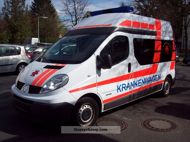 renault trafic l2h2 2 0 16v lpg gas system 1 hand 2008 ambulance truck photo and specs. Black Bedroom Furniture Sets. Home Design Ideas