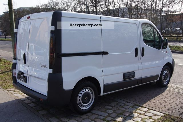 renault trafic 1 9 dci 1 hand scheckh 3 seater cabinets. Black Bedroom Furniture Sets. Home Design Ideas