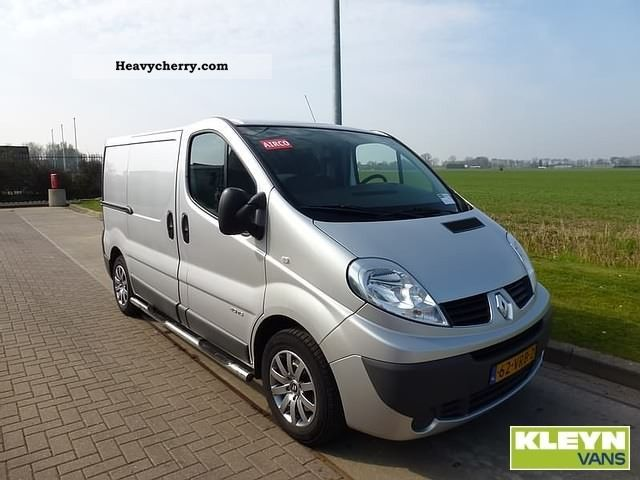 renault trafic dci 115 2 o 2008 box type delivery van photo and specs. Black Bedroom Furniture Sets. Home Design Ideas