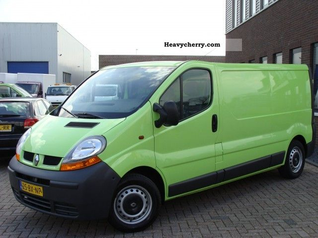 renault trafic 1 9 dci l2h1 airco 95 000 03 2006 2006 box type delivery van long photo and specs. Black Bedroom Furniture Sets. Home Design Ideas