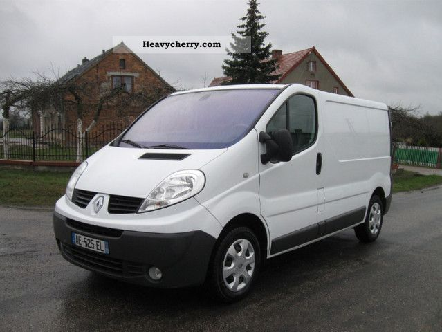 renault traffic vivaro l1h1 2 0 dci 2009 liczny 2009 box type delivery van photo and specs. Black Bedroom Furniture Sets. Home Design Ideas