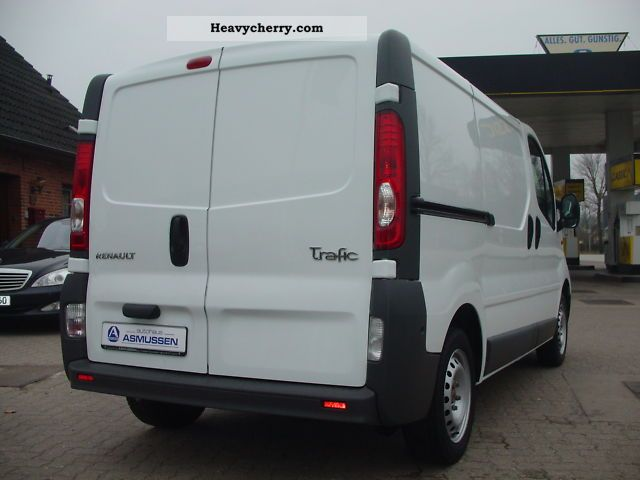 renault trafic l2h1 dci 114hp 2 9 t air 2010 box type delivery van photo and specs. Black Bedroom Furniture Sets. Home Design Ideas