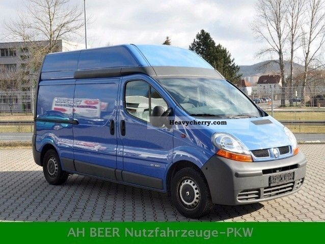 renault trafic 1 9 dci 100 l2h2 2004 box type delivery van high and long photo and specs. Black Bedroom Furniture Sets. Home Design Ideas