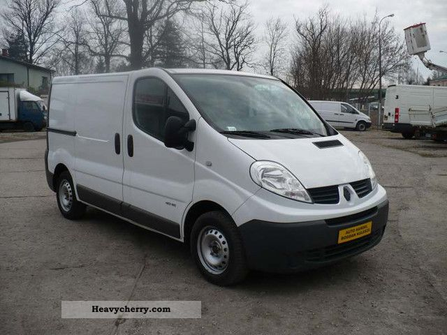 renault traffic klimatyzacja 2010 box type delivery van photo and specs. Black Bedroom Furniture Sets. Home Design Ideas
