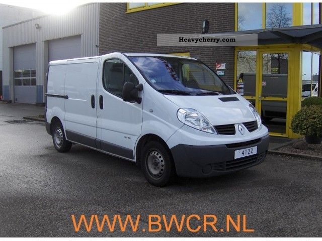 renault traffic no 4122 2009 box type delivery van photo and specs. Black Bedroom Furniture Sets. Home Design Ideas