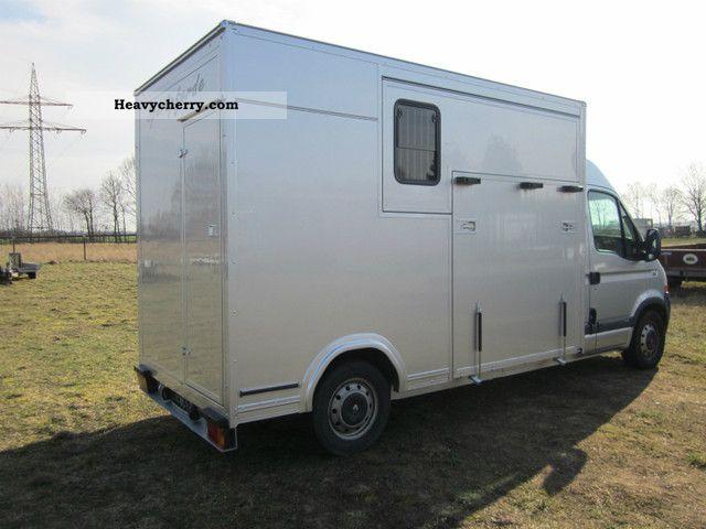 renault master so kfz pferdetransporter 2pferde 2007. Black Bedroom Furniture Sets. Home Design Ideas