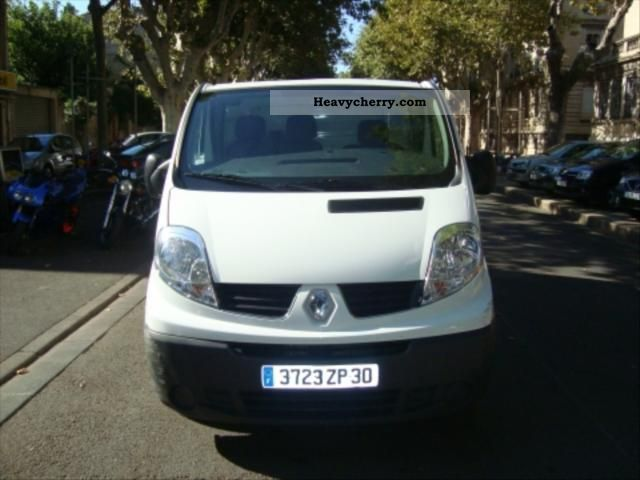 renault trafic dci 115 l1h1 grand confort 2007 box truck. Black Bedroom Furniture Sets. Home Design Ideas