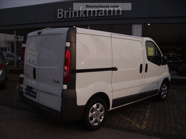 renault trafic l1h1 2 0 dci 115 2012 box type delivery van. Black Bedroom Furniture Sets. Home Design Ideas