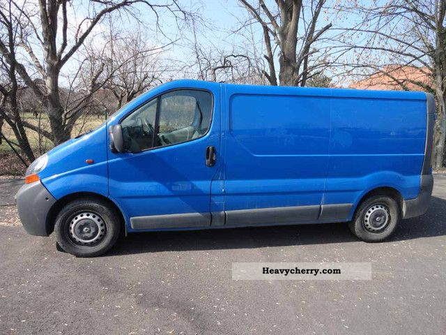 renault trafic 1 9 dci l2h1 58 2006 box type delivery van long photo and specs. Black Bedroom Furniture Sets. Home Design Ideas
