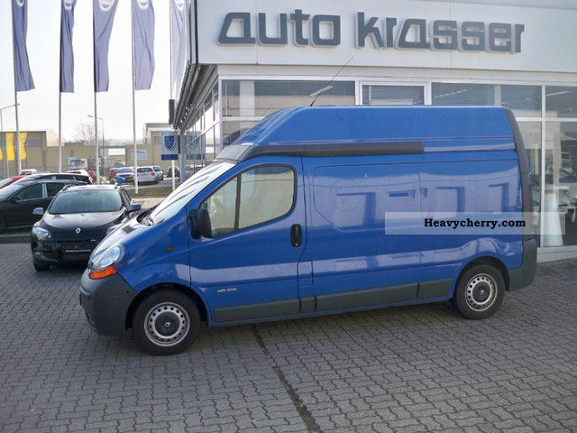 renault trafic l2h2 2006 box type delivery van photo and specs. Black Bedroom Furniture Sets. Home Design Ideas